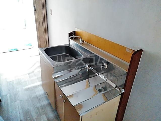 妻田サンハイツ 102号室のキッチン