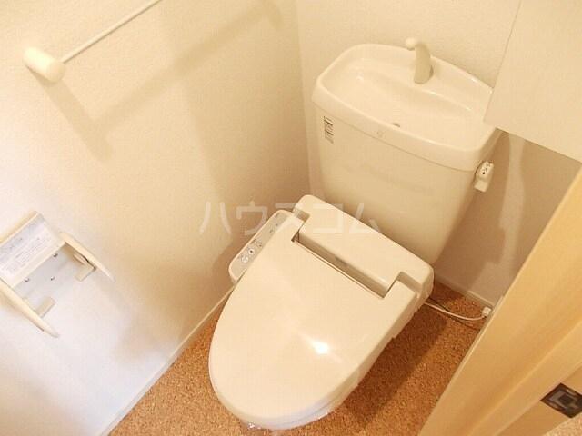 ベッテルⅠ 01010号室のトイレ