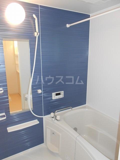 アイリー新瑞 02020号室の風呂