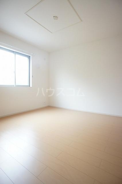 シャルマン M 01020号室の居室
