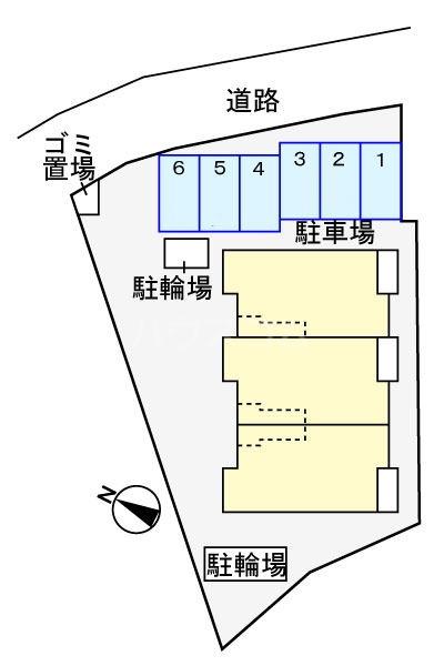 マルベリーⅠ 01020号室の駐車場