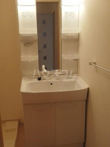 マルベリーⅠ 01020号室の洗面所