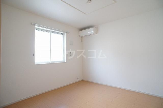 プリムローズ・ヴィラA 01030号室の居室