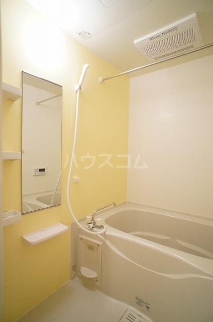 プリムローズ・ヴィラA 01030号室の風呂