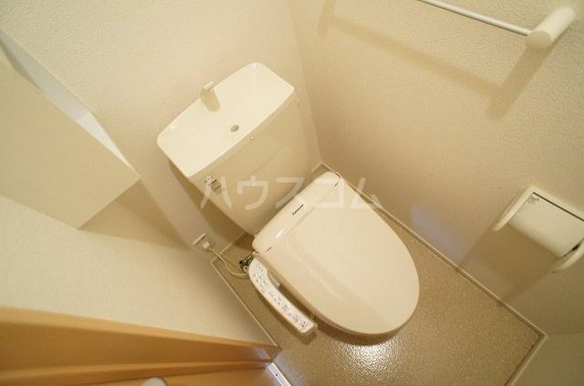 プリムローズ・ヴィラA 01030号室のトイレ