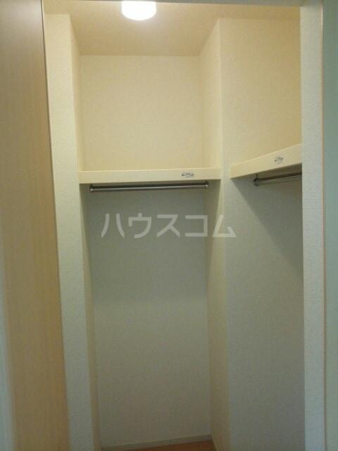 ラディエンスB 01010号室の収納