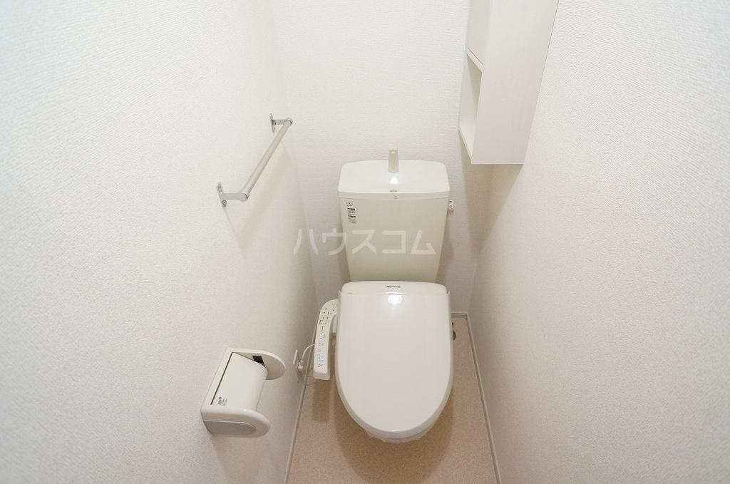 レガーロ Ⅳ番館 02010号室のトイレ