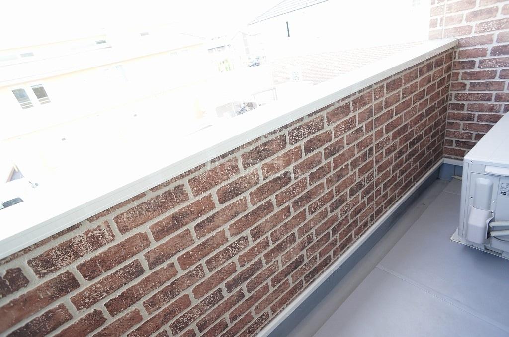 レガーロ Ⅳ番館 02010号室のバルコニー