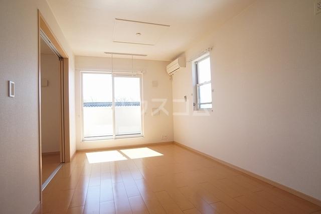 サニージェルメA 02010号室のリビング