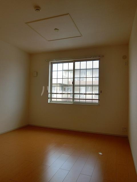 ベルテラスⅡ 02050号室の玄関