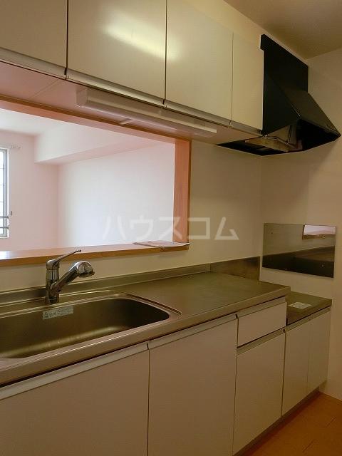 ベルテラスⅡ 02050号室のキッチン