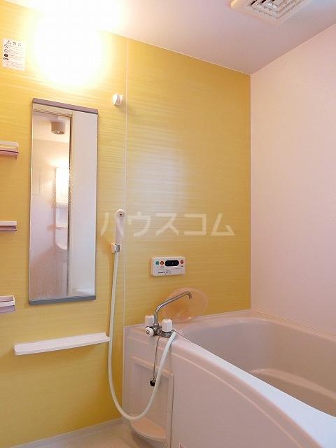 ベルテラスⅡ 02050号室の風呂
