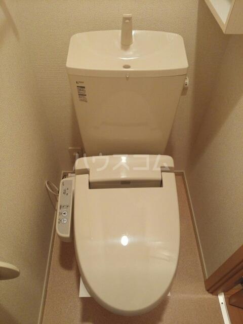 ブライトパークⅢ 01020号室のトイレ