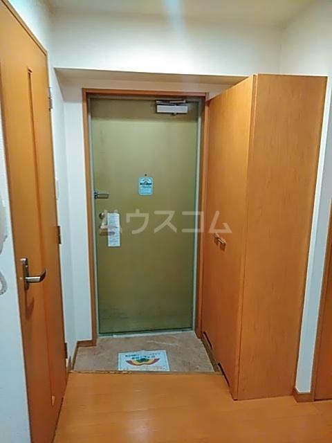 Primavera 202号室の玄関