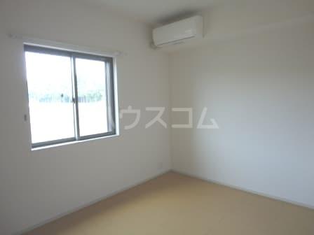 ヨットン・ハウスⅢ 01020号室の居室