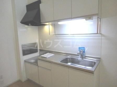 ヨットン・ハウスⅢ 01020号室のキッチン