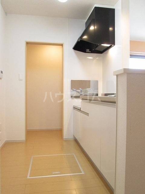 シルバーグラスB 01020号室のキッチン