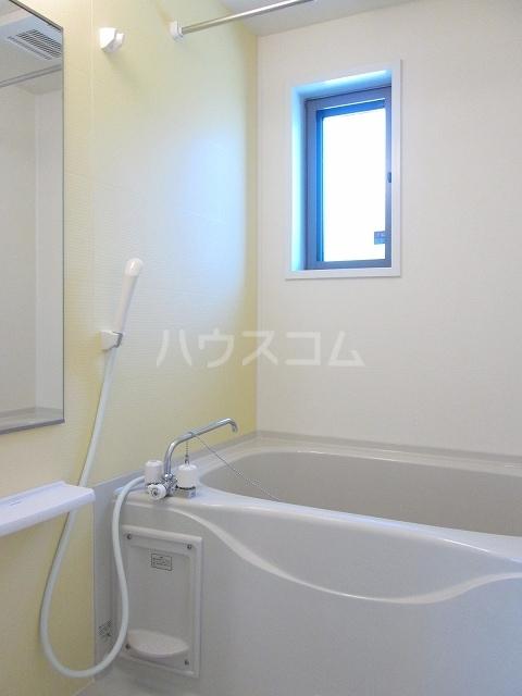 シルバーグラスB 01020号室の風呂