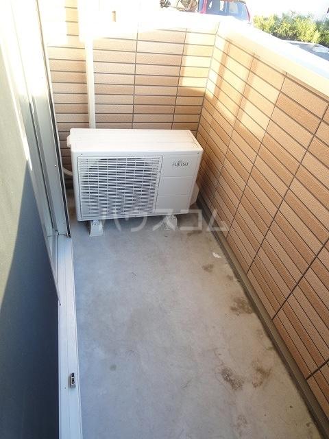 メゾンベルデ B 01020号室のバルコニー