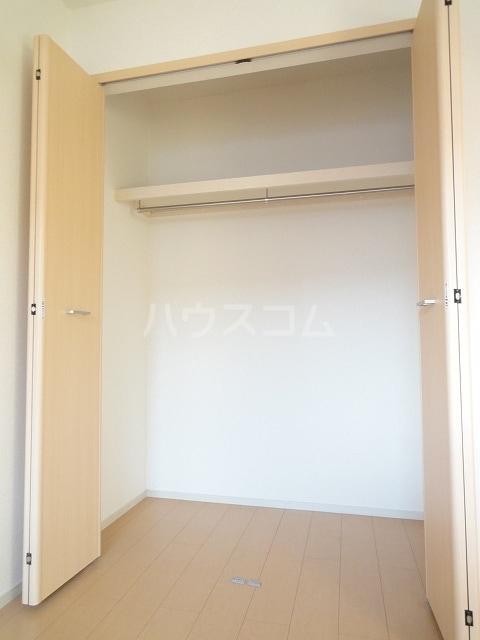 メゾンベルデ B 01020号室の収納