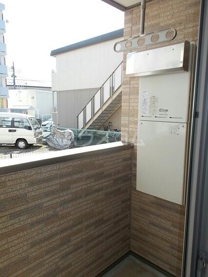 メゾン・フラン 01010号室のバルコニー