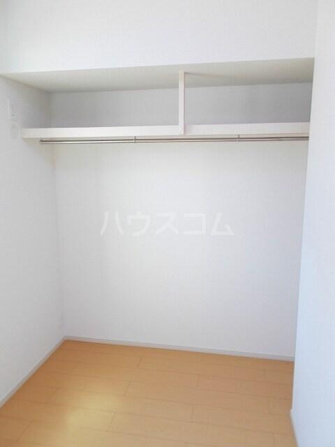 メゾン・フラン 01010号室の収納