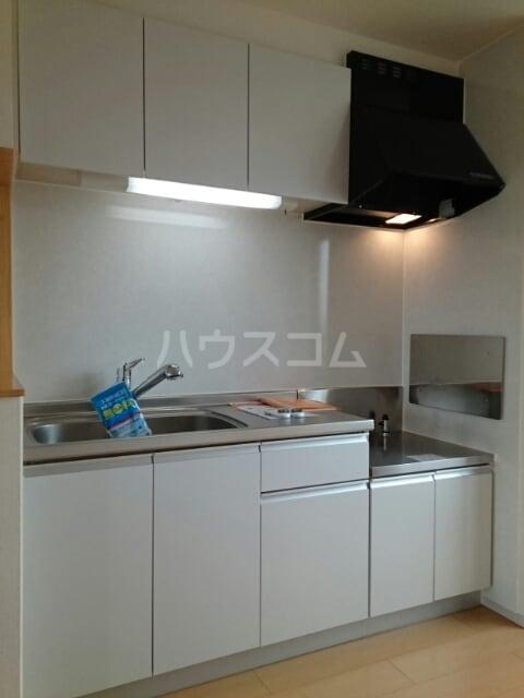 サリナス 03020号室のキッチン