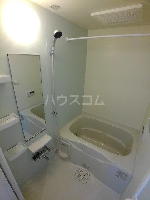 ハピネス K 02010号室の風呂