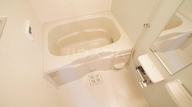 ブルースター 01020号室の風呂