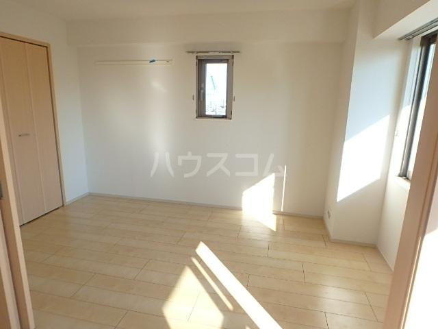 サンライズコ-ド 05010号室の玄関