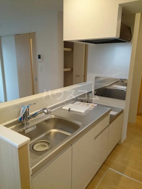 シーサイドヴィラ B 01020号室のキッチン
