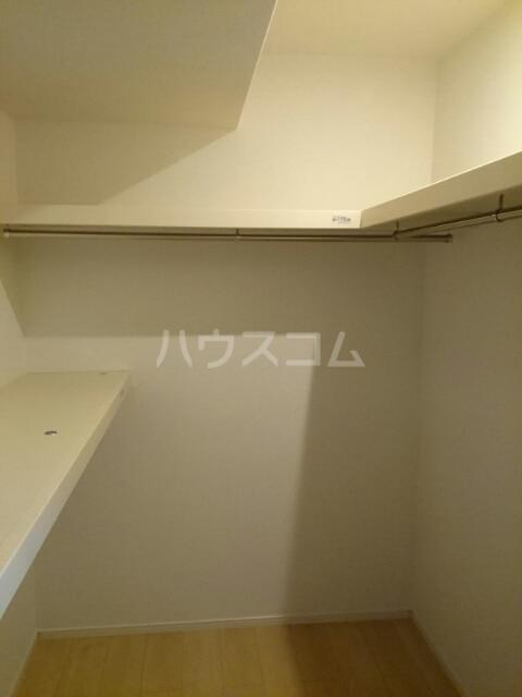 シーサイドヴィラ B 01020号室の収納