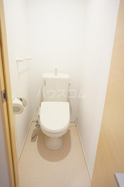 ルーベル上林 A 02010号室のトイレ