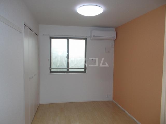 メゾン・ド・コリーヌⅡ 02020号室のベッドルーム