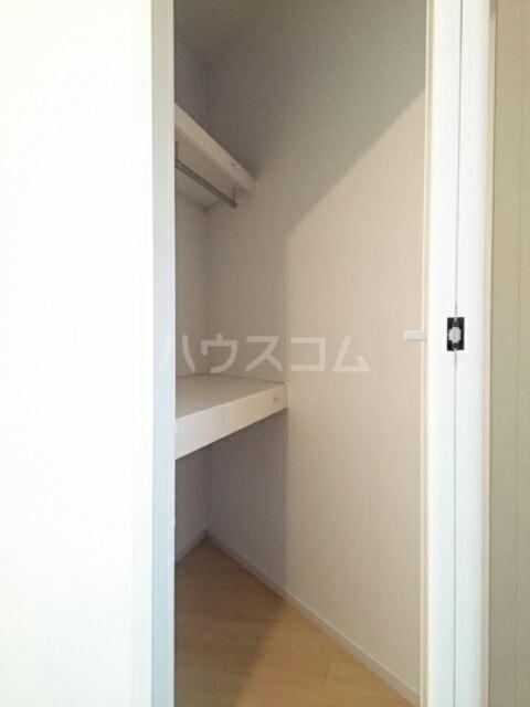 サザンクロス 01010号室の収納