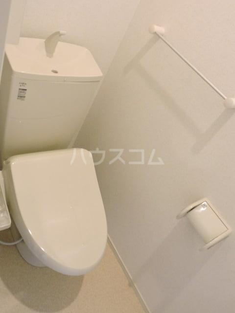 クレール ハピネスA 02010号室のトイレ