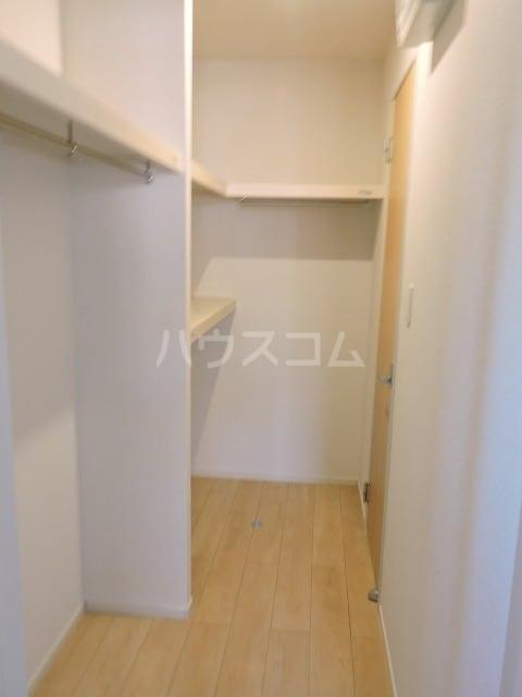 クレール ハピネスA 02010号室の収納