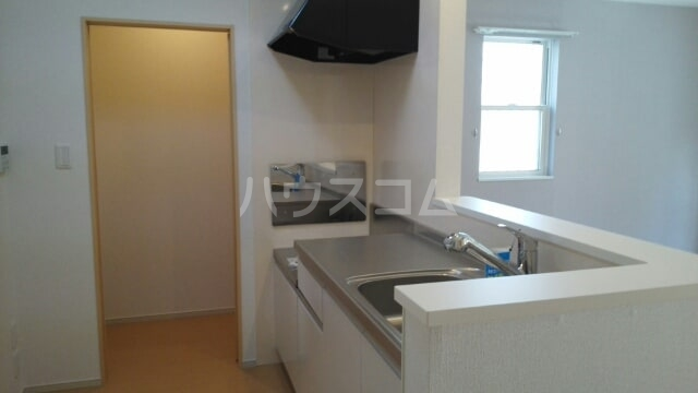 ソレイユ アルカンシェルA 01020号室のキッチン
