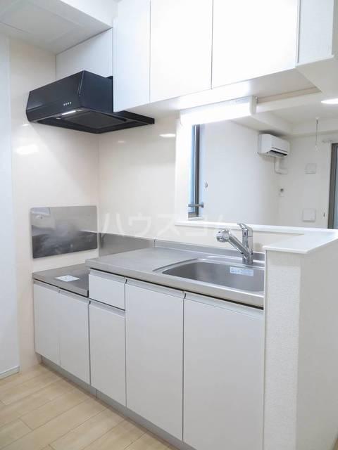 プリマヴェーラ 02010号室のキッチン