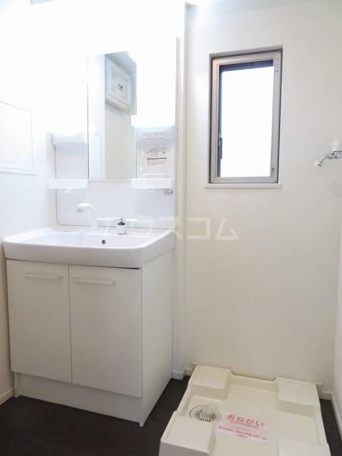 プリマヴェーラ 02010号室の洗面所