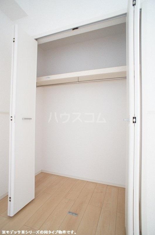 ブリーズ S 02020号室の収納