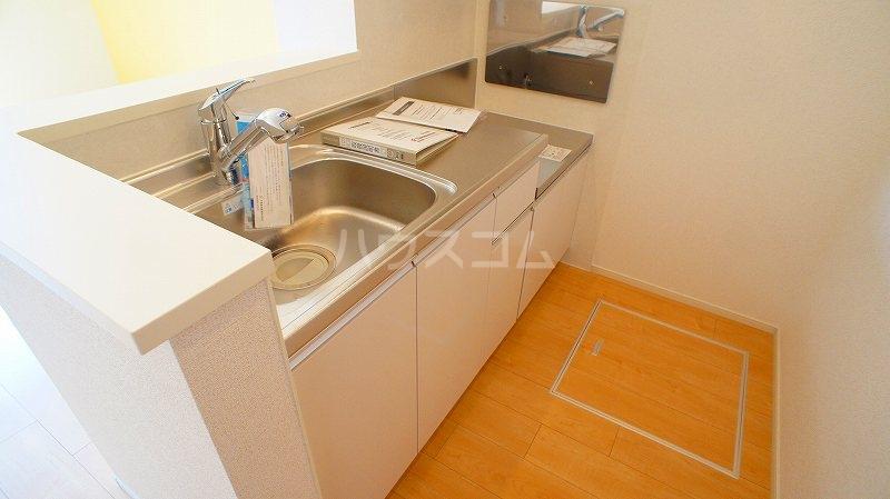 グランレジデンス 01020号室のキッチン