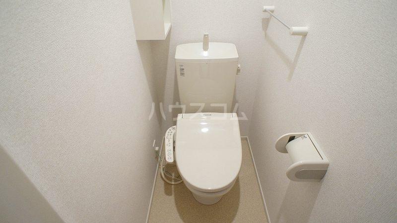 グランレジデンス 01020号室のトイレ
