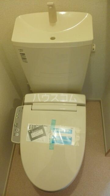アルコバレーニⅡ 01040号室のトイレ