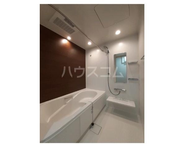 ウニコ ルウォーゴ 01030号室のトイレ