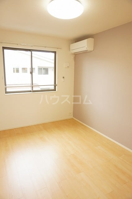 ルーベル太田B 02030号室のベッドルーム