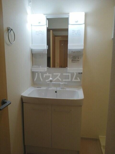 クレメントスクエア 東邦 02030号室の洗面所