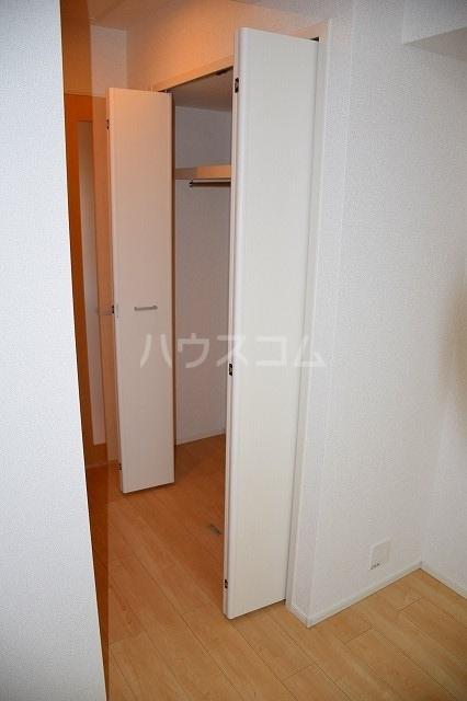 リバーサイド・大江 03040号室の収納