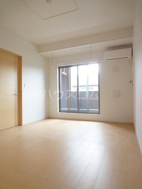 ソレイユ 02020号室のリビング