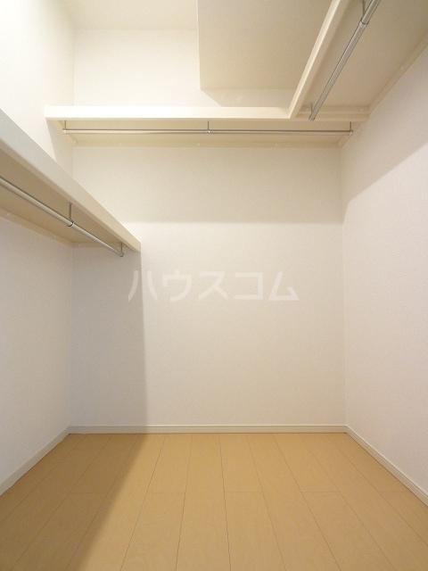 ソレイユ 02020号室の収納
